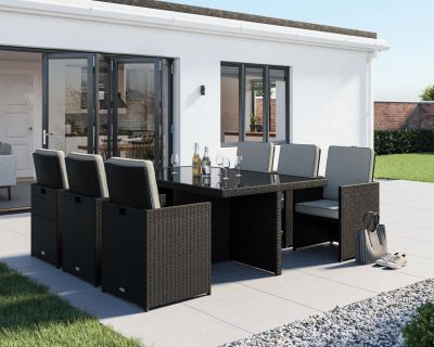 Barcelona 7 Piece Rattan Garden Cube Set in Black and Vanilla