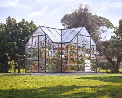 Palram Victory Orangery Garden Greenhouse