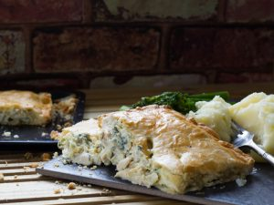 Chicken pie recipe with shortcrust pastry and creamy filling