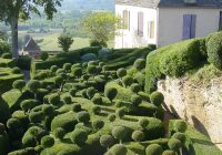 An extreme version of box balls in the gardens of Marqueyssac, France. Home and garden