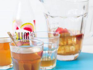Peach and cardamom earl grey iced tea