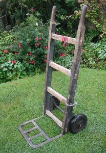 Mind your back! Using wheels and good lifting technique in the garden